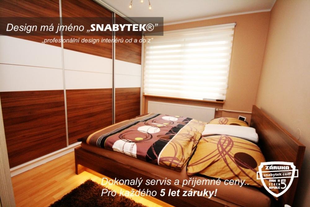 I do malého prostoru se může vejít elegantní ložnice.